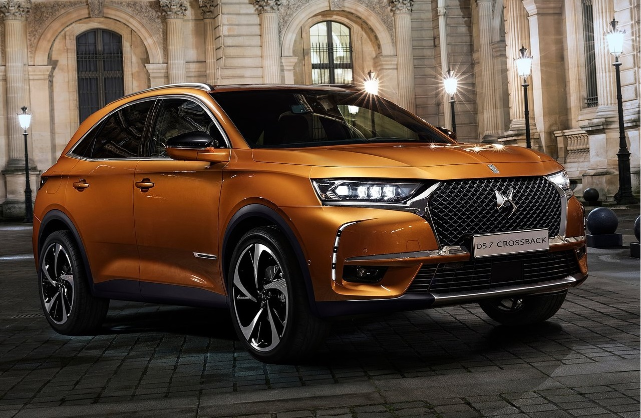Ds7 Crossback Speed Magazine